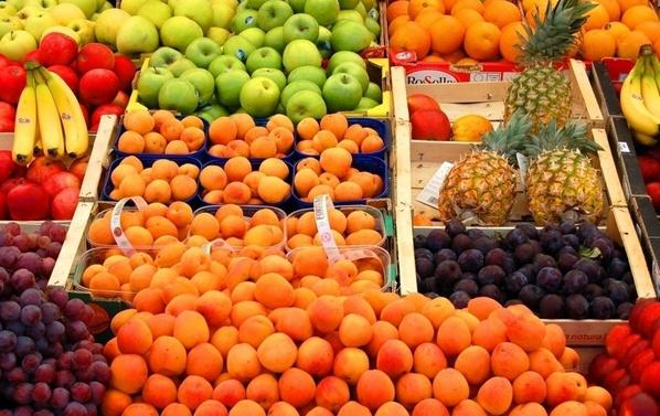 痛快吃个水果真难 平价水果都去哪了