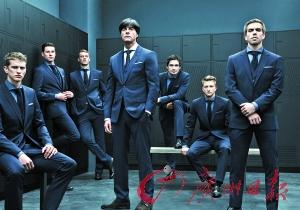 世界杯女人看啥 穿大牌的足球先生们