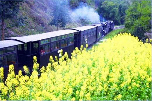 走,坐着火车向远方,十条美丽铁路线