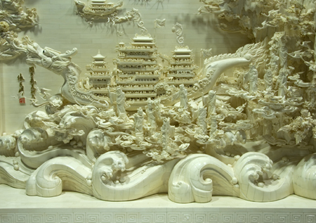 张民辉:牙雕、骨雕艺术大师