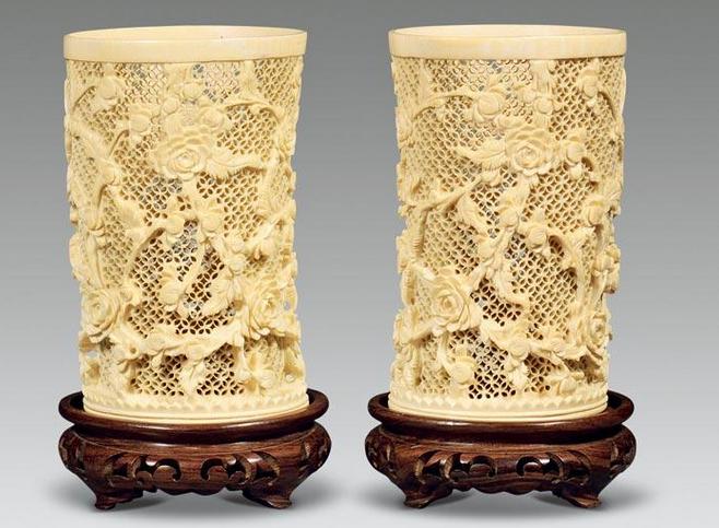 广州骨雕:玲珑剔透镂雕精品