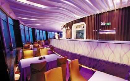 云顶阁旋转餐厅重装开业