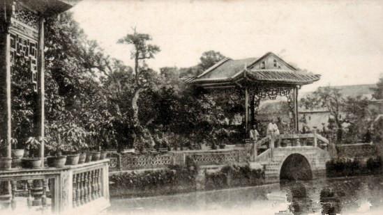 初中铅笔画 风景 庭院