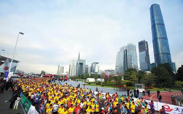 2014广州马拉松今天10点开始报名!