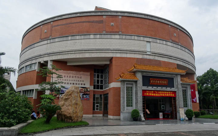 如何文明参观博物馆?