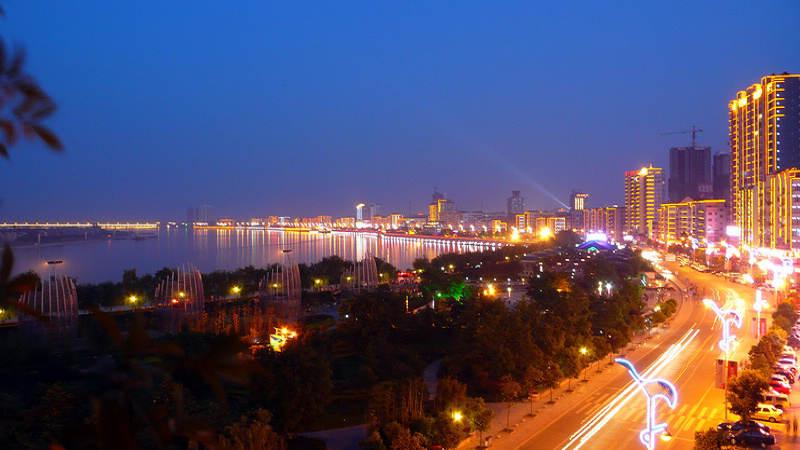 滨江路成为城市建设新亮点