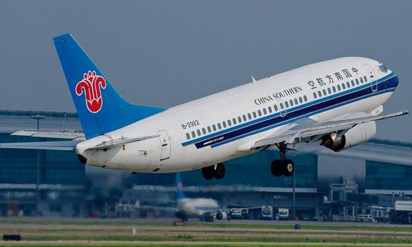 广州白云机场在哪里,怎么去