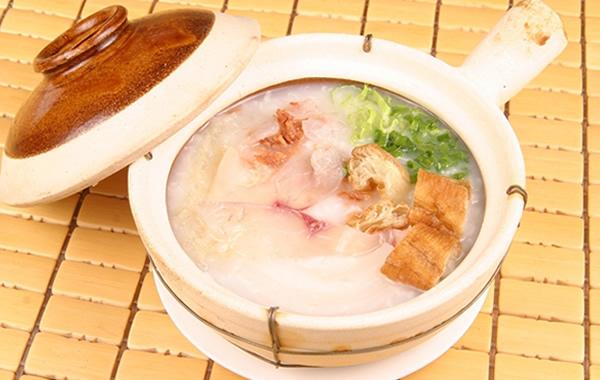 食在广州:荔湾区美食艇仔粥介绍