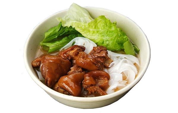 食在广州:荔湾区美食贵妃猪手面介绍