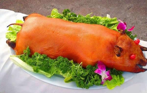 食在广州:越秀区美食广式烧乳猪介绍