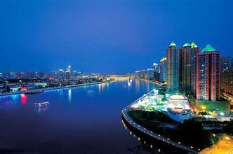 广州热门去处:广州白鹅潭