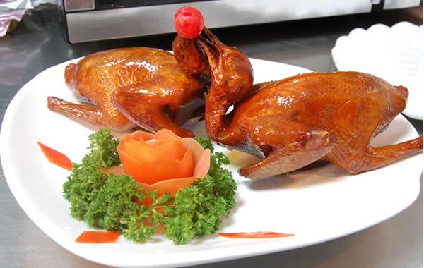 食在广州:海珠区美食红烧乳鸽介绍