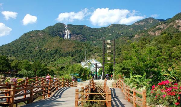 增城市白水寨风景名胜区:中国内地落差最大的瀑布
