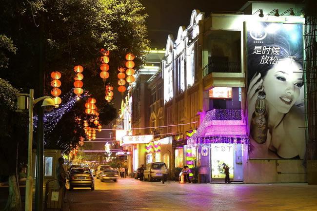 广州哪里夜景好看?白鹅潭酒吧街风情万种!