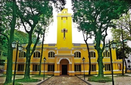 文明路新钟楼孙中山诞辰150周年纪念日正式对外开放