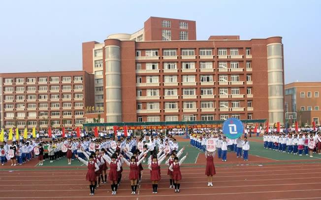 教育设施三年计划:广州政府主导建设88所中小学校