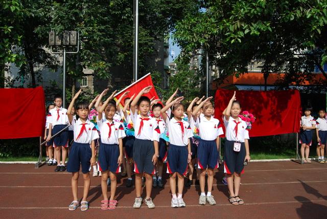 广州市中小学校基础教育设施三年提升计划