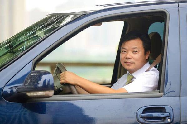 广州近五成滴滴注册司机月收入不足两千元