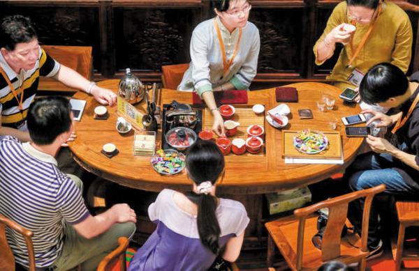 广州市消委会建议被迫付茶位费可积极维权