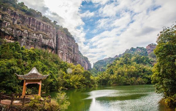 中秋旅游好去处:看看广东四大名山之一的韶关丹霞山