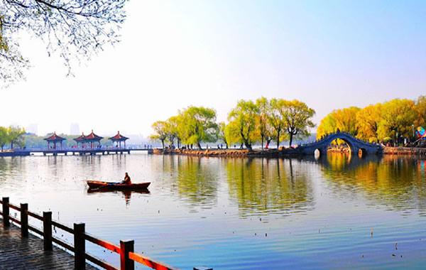 中秋赏月最佳地点:广州南湖游乐园