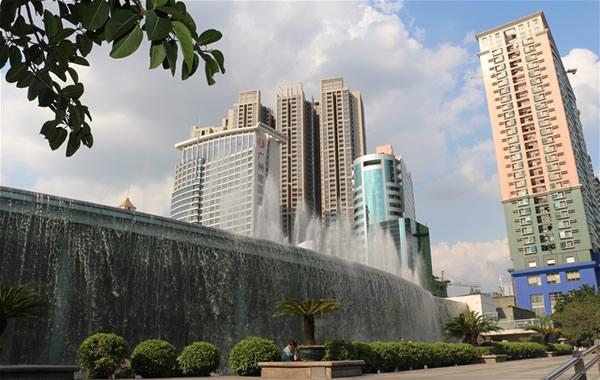 广州中秋节去哪赏月?去东站绿化广场看水景瀑布!