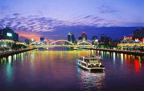中秋赏月好去处:珠江夜游很应景!