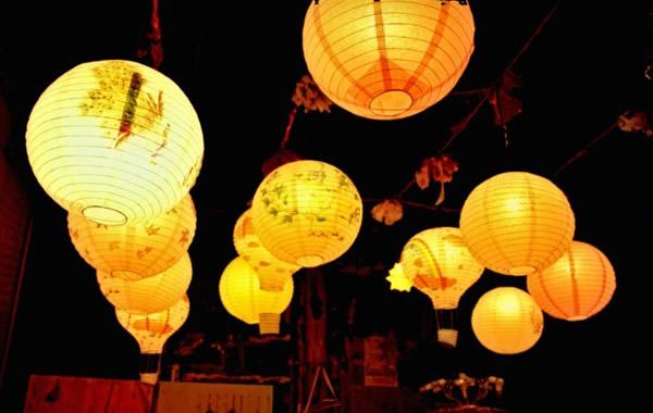 广州中秋节习俗介绍之纸扎灯笼