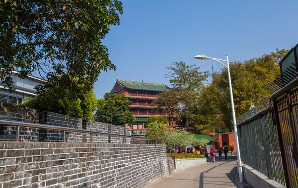 广州中秋节去哪赏月?到越秀公园泛舟湖上!