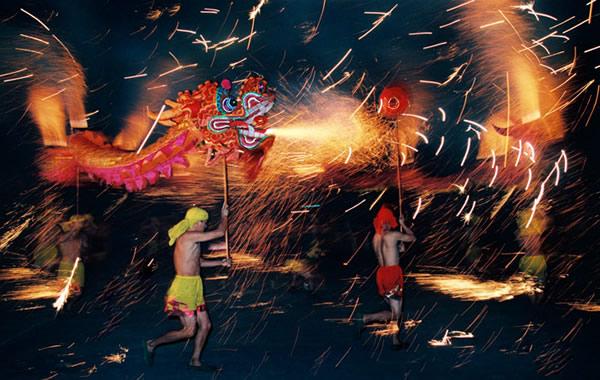 广州中秋小长假去哪玩?到白云区看火龙舞动!