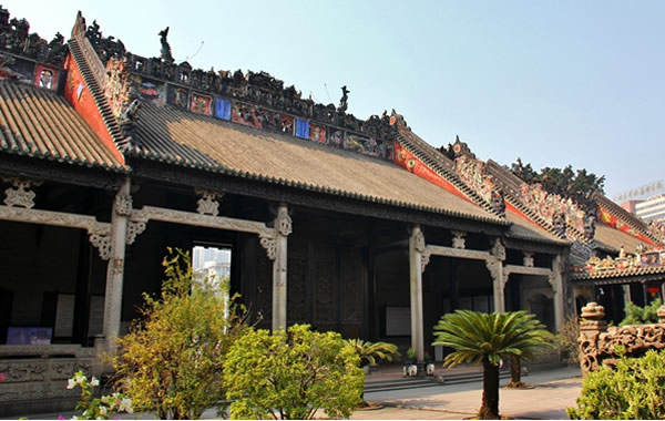广州国庆亲子游去看看第一大宅门陈家祠