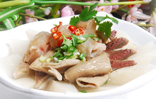 广州特色美食小吃推荐:萝卜炖牛腩
