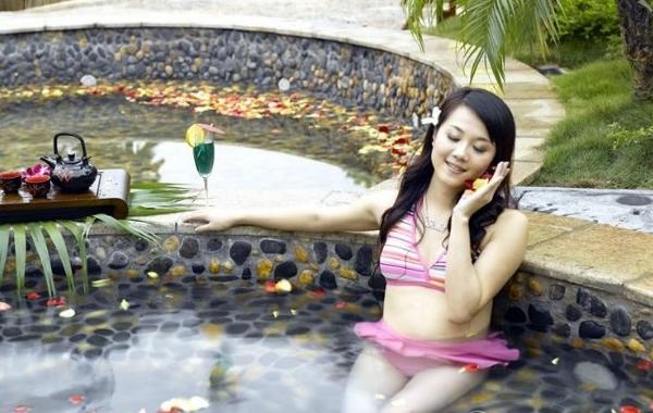 国庆哪里旅游好?到盘龙峡泡温泉吧!