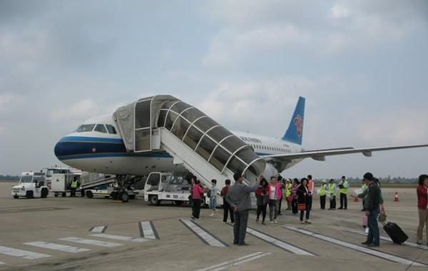 西安等主要热门城市的航班都出现