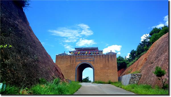 梅关古道:广东最早的高速公路