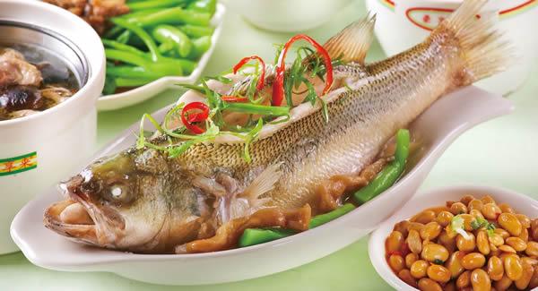 广州一日游到凤安龙胜餐厅吃粤菜吧!