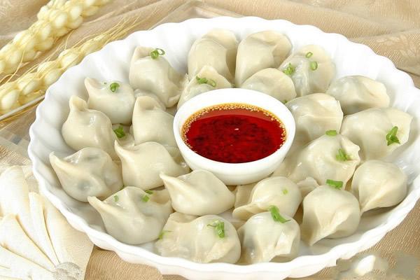冬至习俗美食之吃饺子