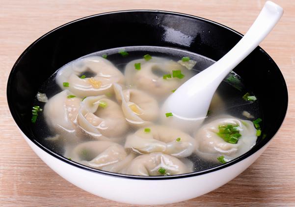 冬至传统习俗美食之吃馄饨