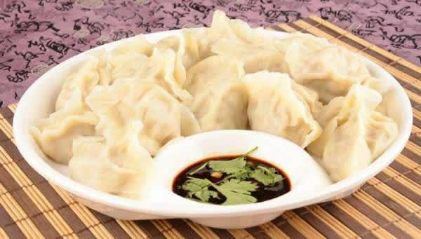春节的特色美食之饺子