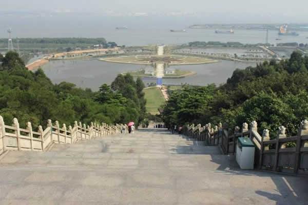 广州番禺莲花山旅游攻略推荐