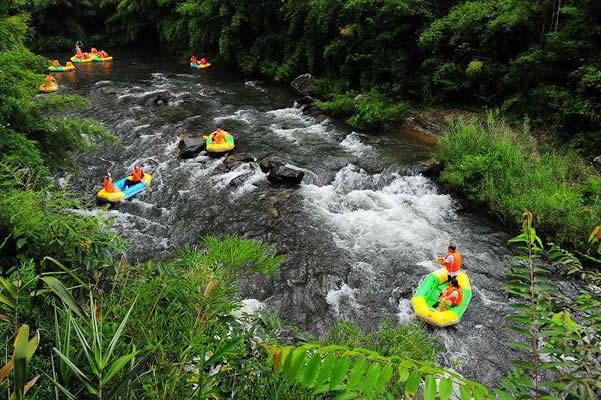 五一旅游到从化响水峡看瀑布玩漂流!