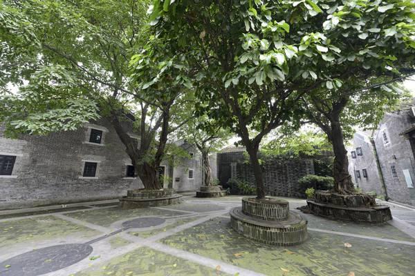 五一到聚龙村参观广州现存最完整的古民居建筑群