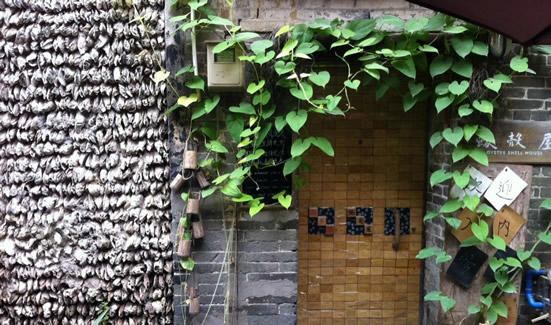 广州一日游到小洲村观赏四百多年的蚝壳屋