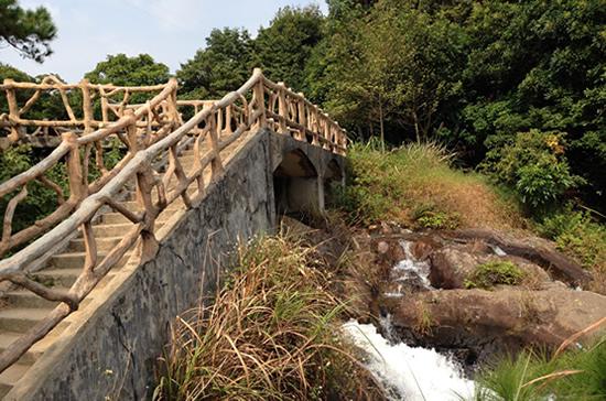广州一日游增城白水寨游山玩水享受大自然