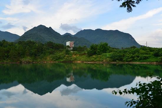 广州增城白水寨一日游享受摘果乐趣