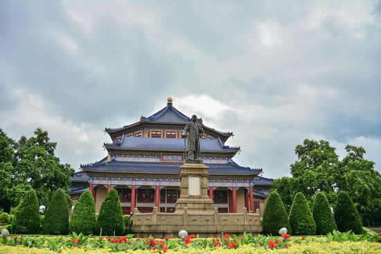 广州一日游研究中山纪念堂建筑特点