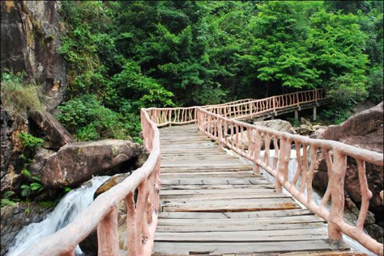 广州一日游增城白水寨登山观瀑