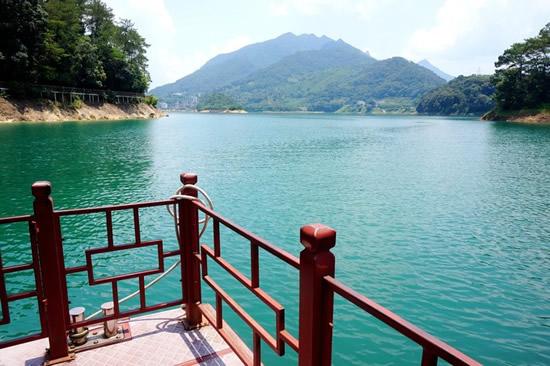 秋日广州增城白水寨风景区一日游
