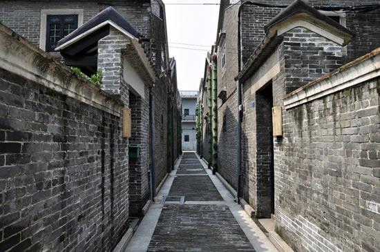 广州一日游到古村落聚龙村欣赏自然风光
