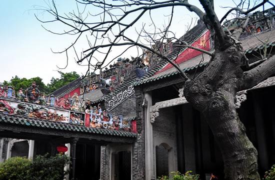 广州陈家祠里的岭南建筑艺术砖雕